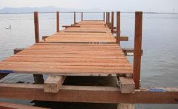 2010-operae-srl-infissione-pali-in-legno-per-pontili41