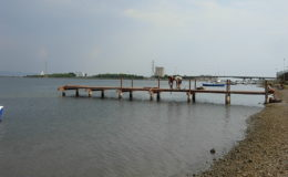 2010-operae-srl-infissione-pali-in-legno-per-pontili42